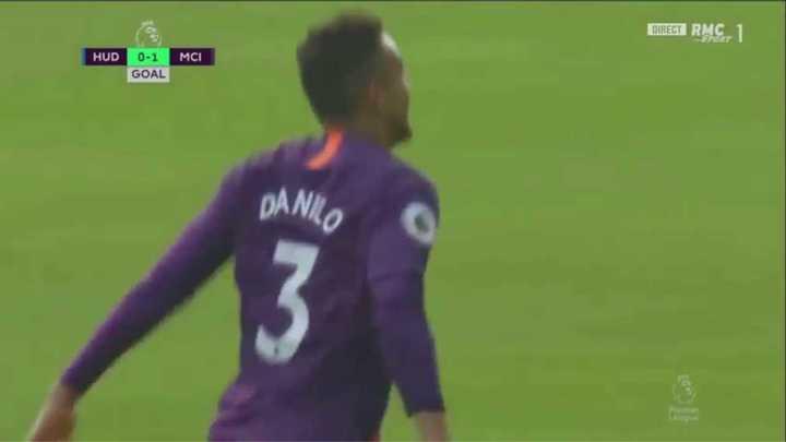 Danilo metió el primero del City