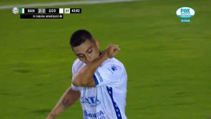 Henríquez marcó el 2 a 2 de Godoy Cruz