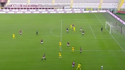Gio Simeone y su segundo gol ante Torino