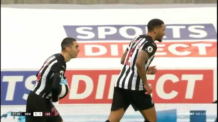 Almirón empató para el Newcastle