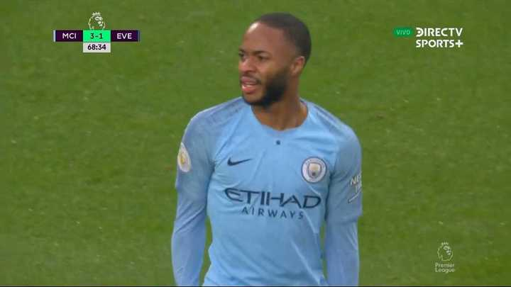 Sterling tranquilizó al City