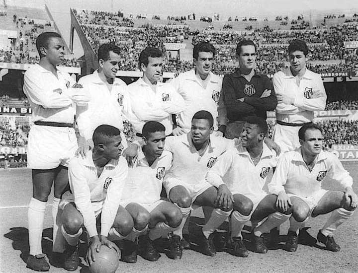 La insólita final que se jugó en el Monumental y que consagró a Pelé campeón de América. (fuente: Youtube).