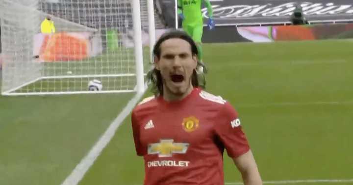Cavani hizo el segundo del United frente al Tottenham