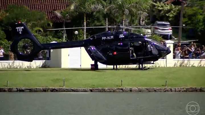 Neymar se fue en helicóptero del entrenamiento