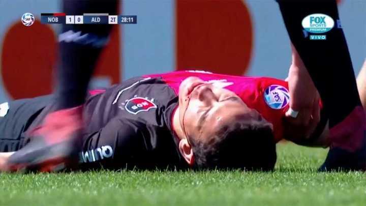 Gabrielli recibió un codazo que lo dejó sangrando