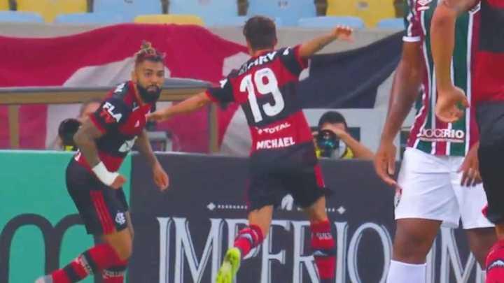 Los goles de la victoria de Flamengo sobre Fluminense