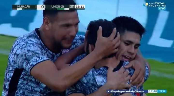 Salcedo puso el 2 a 0 de Huracán