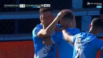 El golazo de chilena que clasificó a Villa San Carlos