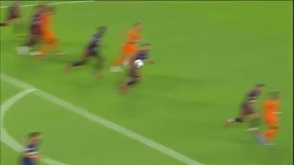 Jugada preparada y gol para Maxi Urruti