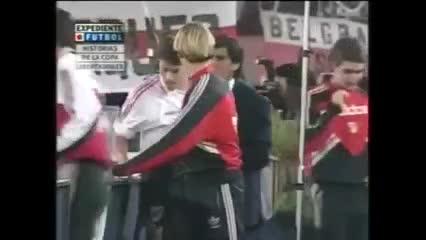 El gol de Crespo contra San Lorenzo