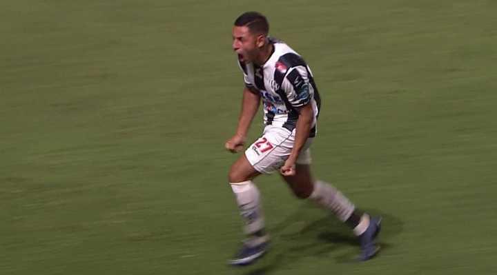 Golazo de Central Cordoba para el segundo contra San Lorenzo