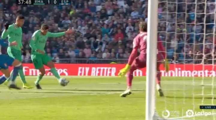 Real Madrid le ganó 2 a 0 al Espanyol