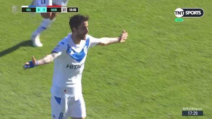 Golazo de Ricky Álvarez para el 1-1