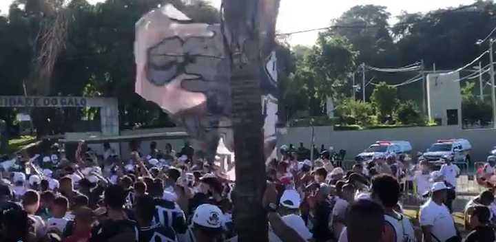 La torcida del Atlético Mineiro contra Sampa