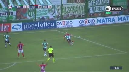 De penal, Chimino empató sobre el final del partido