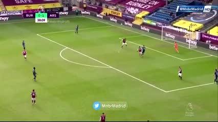 La burrada en el gol de Burnley