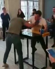 """Boxeo de mesa, el """"deporte"""" que causa controversia"""