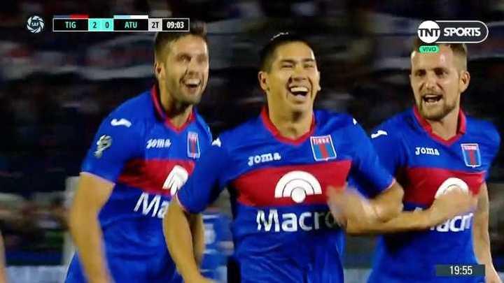 Cachete Morales convirtió el tercero