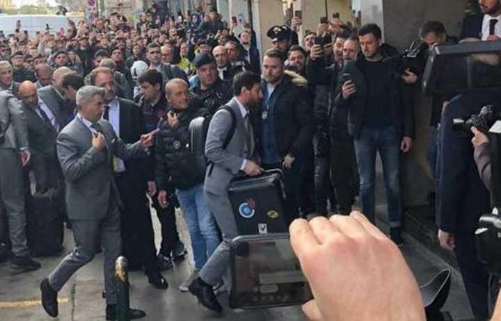 Messi llegó a Napoles