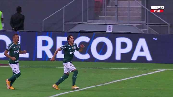 Var y penal: Palmeiras convirtió el 1-0