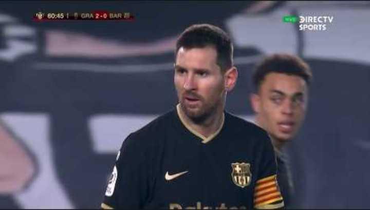 Messi casi marca el descuento