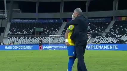 El abrazo del alma entre Tite y Neymar
