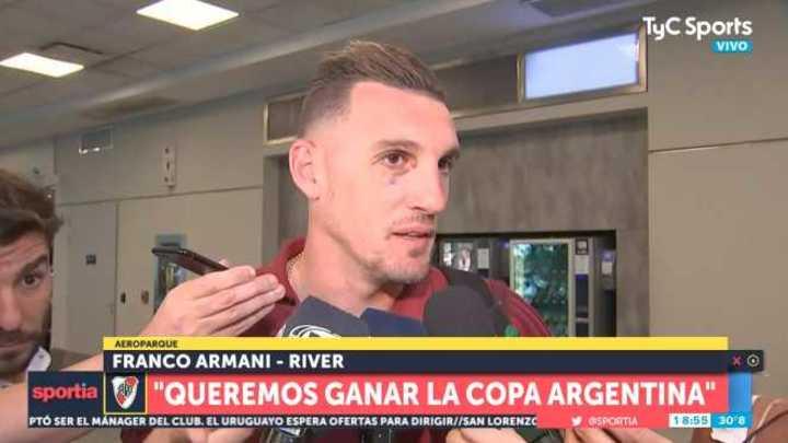 Armani habló en Aeroparque