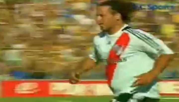 Los goles de Cristian Fabbiani en River