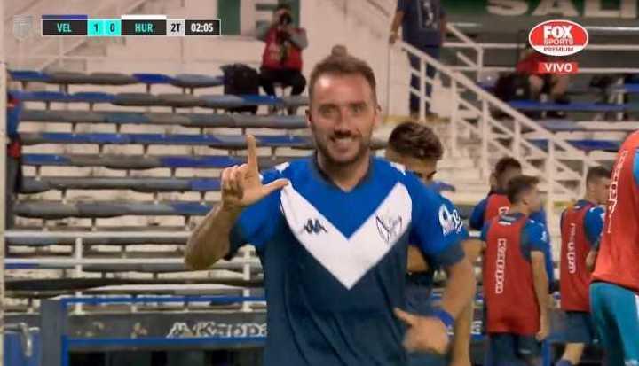 Mancuello marcó el 1 a 0 de Vélez