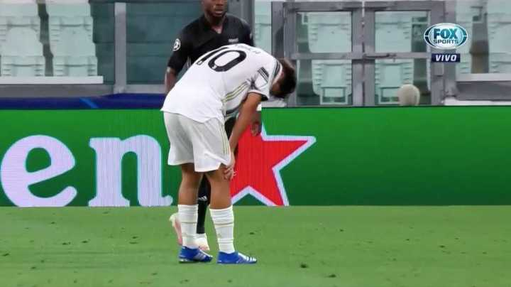 Dybala salió lesionado del campo de juego