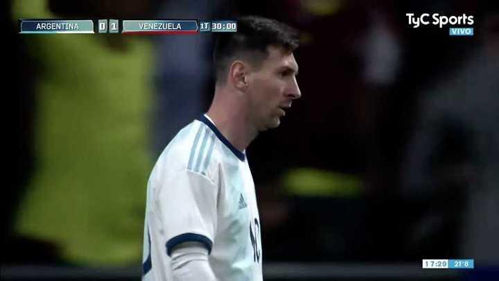 Se encendió Messi pero Faríñez le sacó el gol a Lautaro