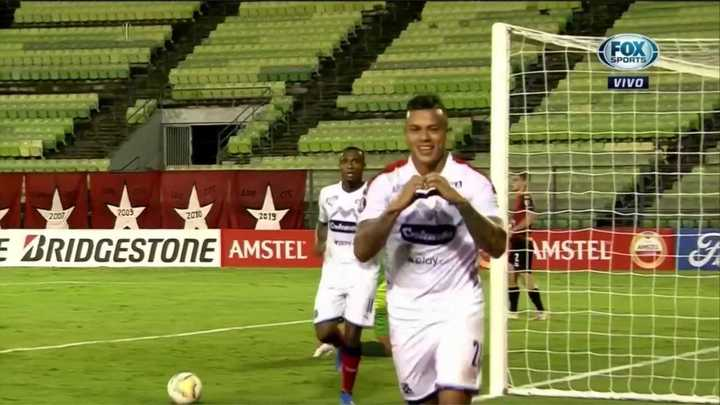 Medellín pudo contra Caracas 2 a 0