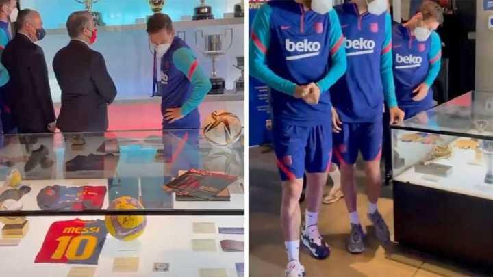 Messi y los otros tres capitanes del Barcelona entregan la Copa del Rey al Museo del Barsa