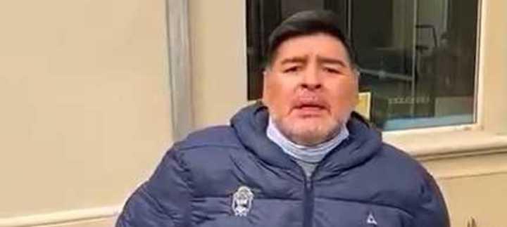Maradona apuntó contra sus hijas