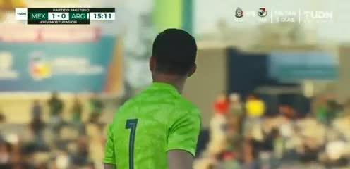 Loroña metió el 1-0 para México contra Argentina