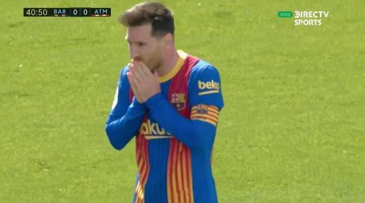 Gran jugada de Messi que desvió Oblak