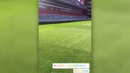 Así está el campo de juego de Independiente