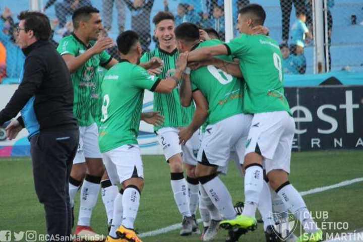 El gol de Monteseirín para San Martín (SJ)