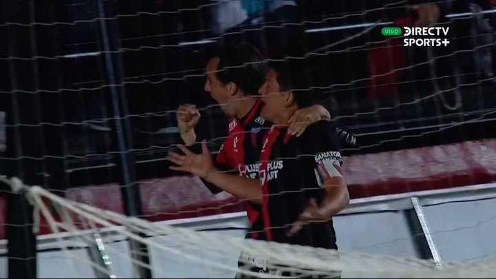 Colón lo dio vuelta con gol del Pulga Rodríguez