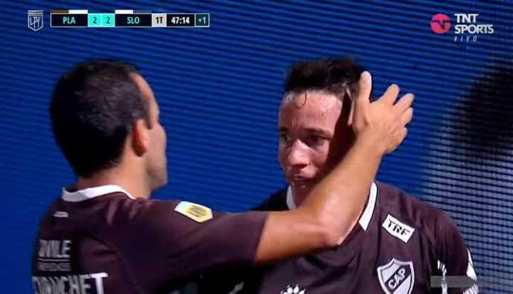 Bogado marcó el 2 a 2 de Platense