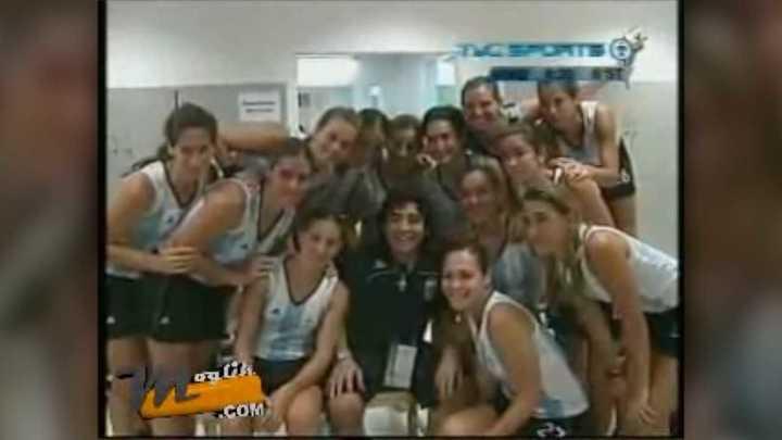 La arenga de Maradona a las Leonas tras ser eliminadas de los Juegos Olímpicos 2008