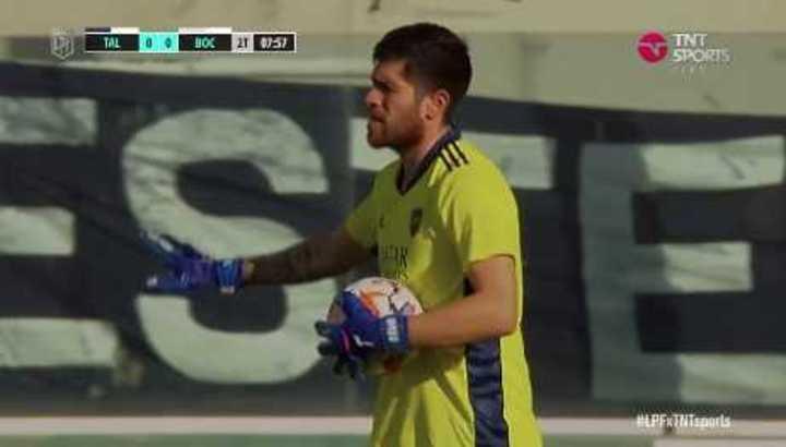 Rossi volvió a salvar a Boca