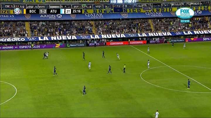 El error de Izquierdoz en el segundo gol de Atlético