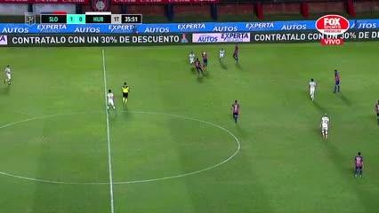 Ángel Romero se animó a hacer jueguitos en pleno partido