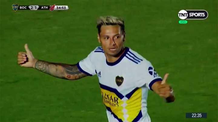 Doblete de Mauro para dar vuelta el marcador