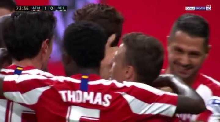 De cabeza, Diego Costa le dio el triunfo al Aleti