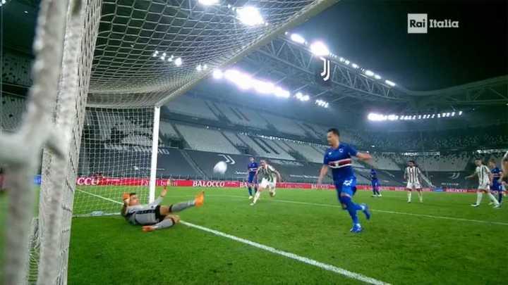 Sampdoria se salvó del tercero de la Juve en la línea