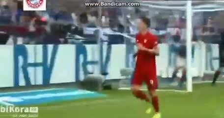 Los tres goles de Lewandowski