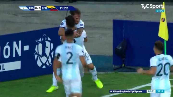 Argentina se puso en ventaja tras el gol de Alexis