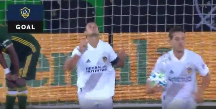 Chicharito marcó su primer tanto en la MLS